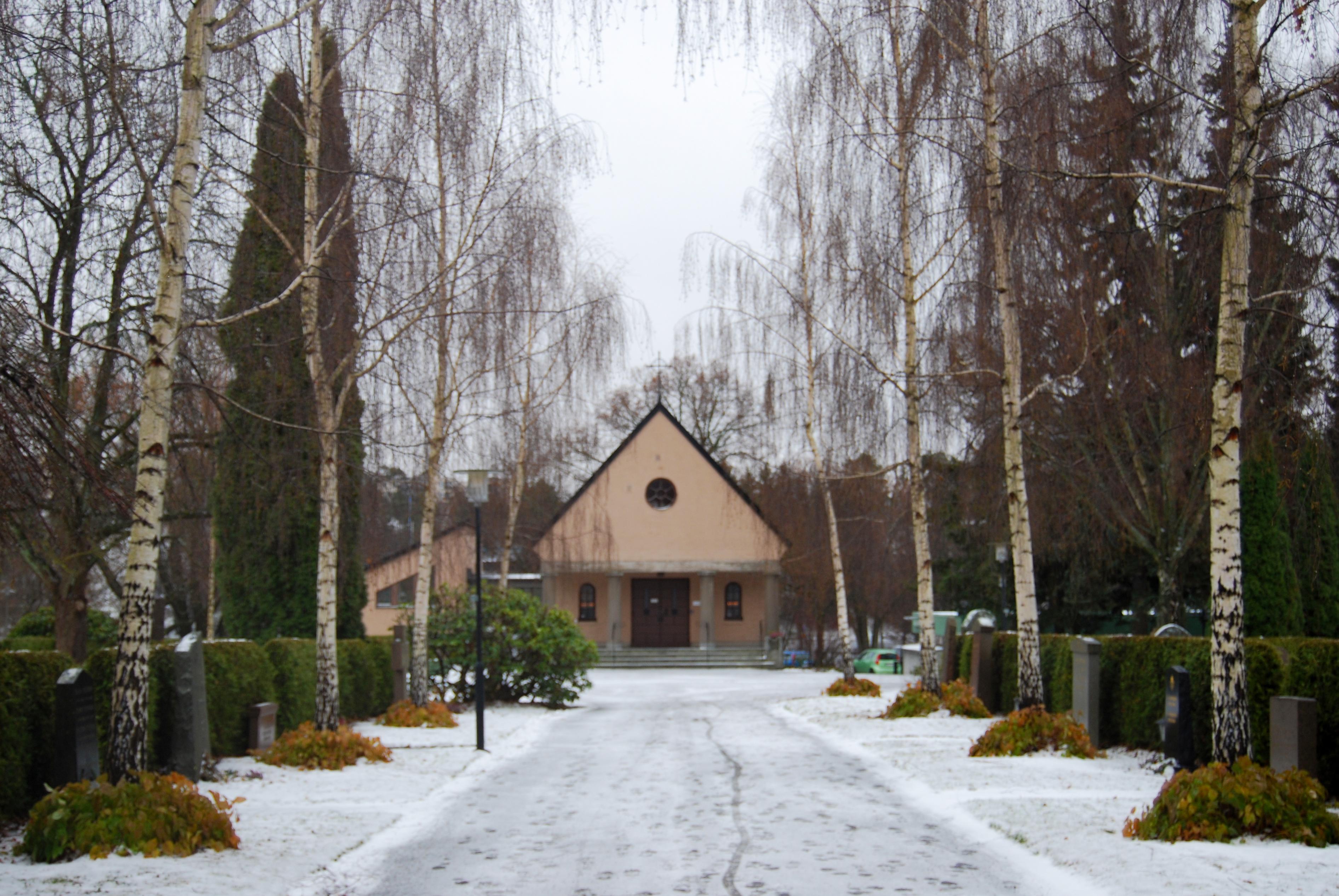 Sundbybergs_begravningsplats_fixx